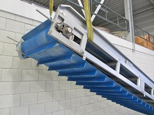 Stainless steel belt conveyor 760 x 7000 mm