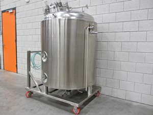 Process tank 900 litre 2.5 bar - jacket 4 bar - insulation