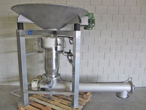 Big-Bag discharge station with screw feeder